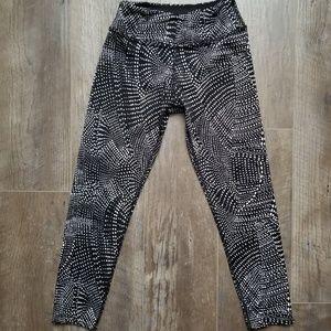 Beyond Yoga Pants - Beyond Yoga polka dot white and black leggings